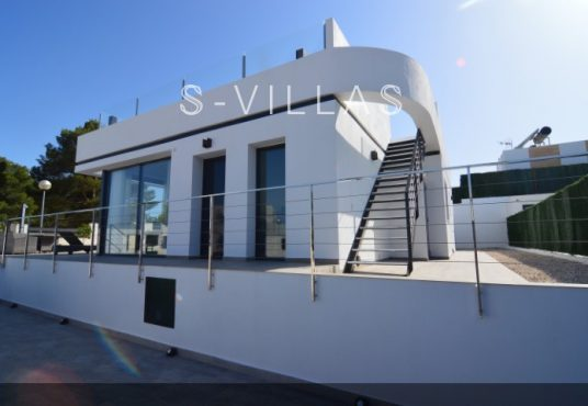 Villa Arena front facade