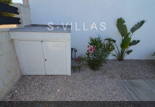 Villa Arena pool pump