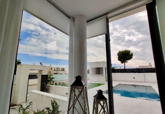 K'IIN VILLAS master bedroom uitzicht