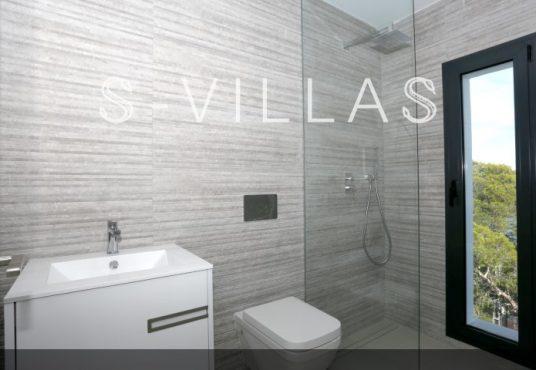 Villa in Ibiza stijl in Denia badkamer b