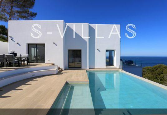 Villa in Ibiza stijl in Denia gevel en zwembad b