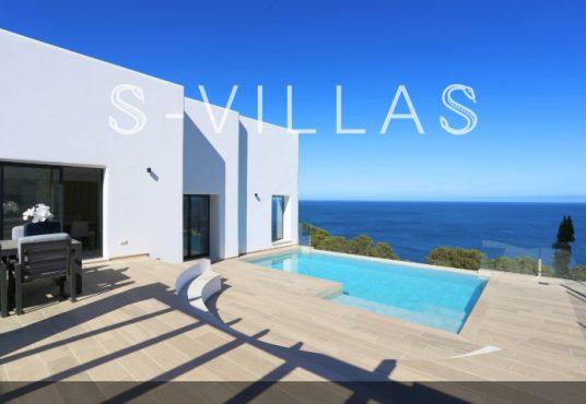 Villa in Ibiza stijl in Denia gevel en zwembad en zeezicht
