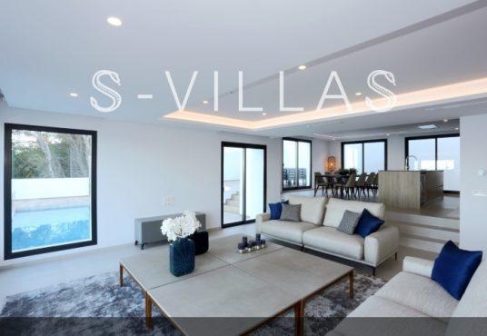 Villa in Ibiza stijl in Denia woonkamer en keuken