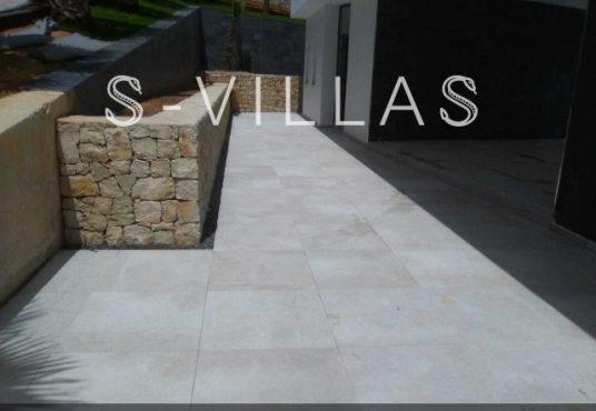 Javea Tossalet Villa te koop paden