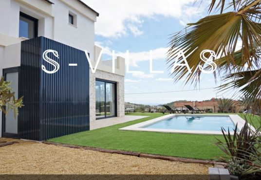 Altos de la Marina zwembad en villa